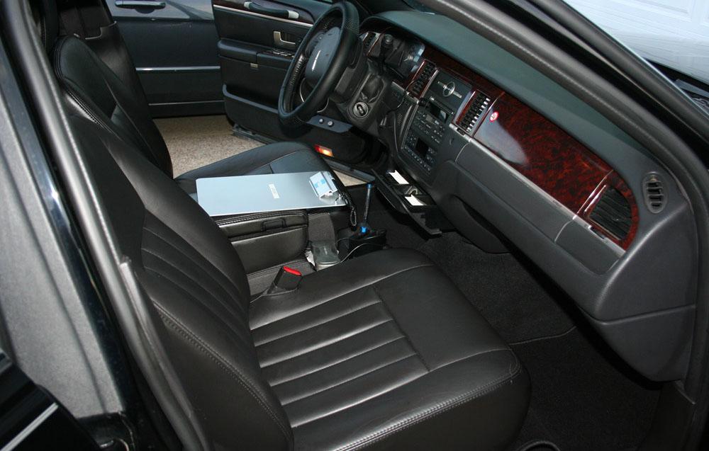 Lincoln Livery Sedan 4 Passenger Limo Rental Apex Limousine