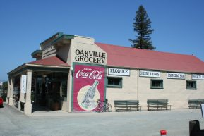 Lunch at Oakville Grocery - Gourmet foods